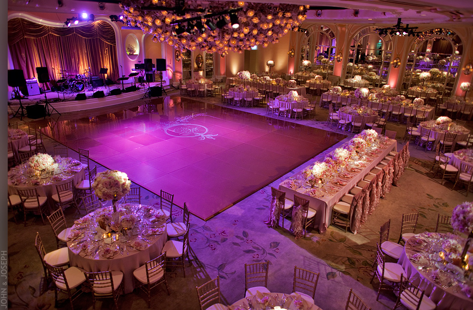 How To Plan A Stunning Wedding Reception